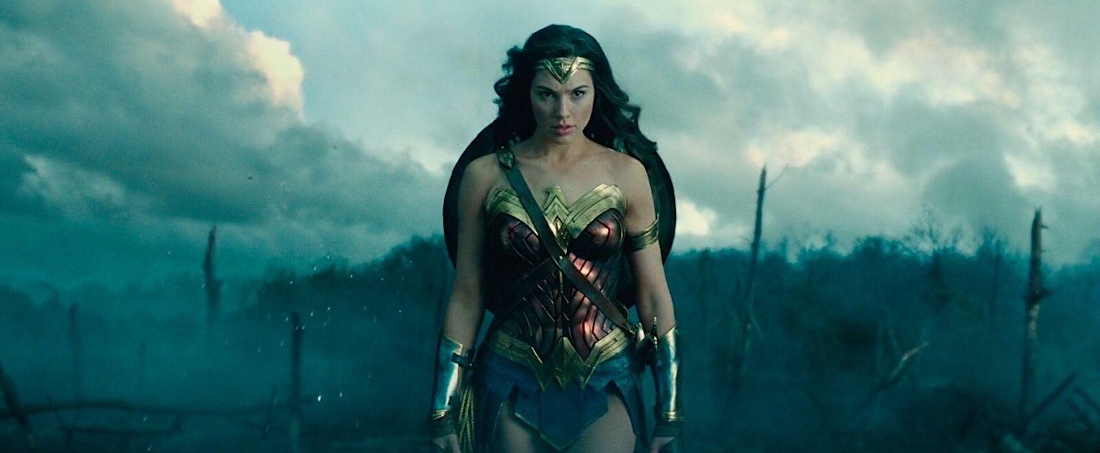 shoulder-level--Cowboy-Shot-Wonderwoman